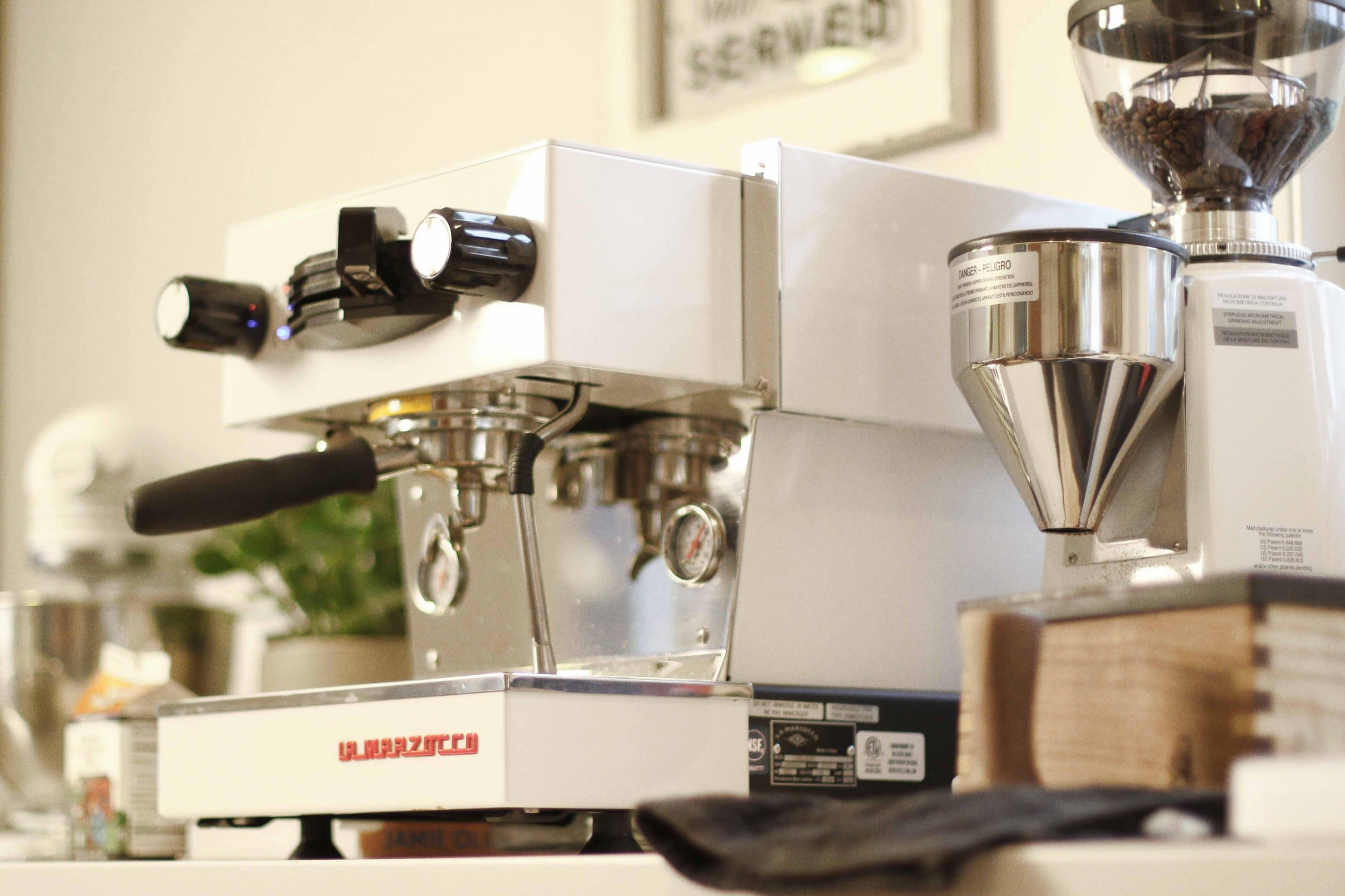 8 ways to convince your loved ones to gift you an espresso machine la marzocco. Black Bedroom Furniture Sets. Home Design Ideas